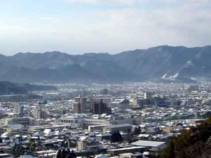 雪景色の山口市街
