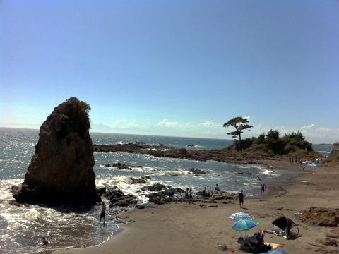 三浦半島西海岸 秋谷の立石