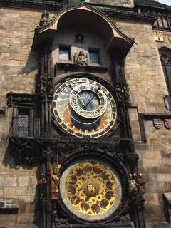 旧市街旧市庁舎の天文時計