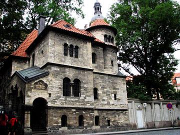 ネオロマネスク・儀式の家