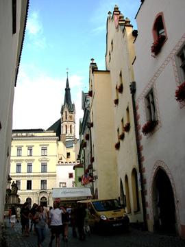 広場側から見る聖ヴィート教会