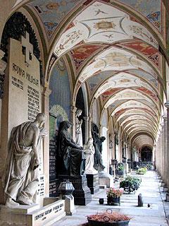 ヴィシェフラド墓地回廊
