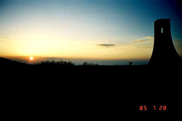 美ヶ原~美しの塔と夕陽