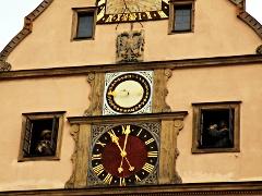 マイスタートゥルンクを再現した仕掛け時計