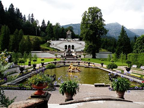 リンダーホフ城庭園