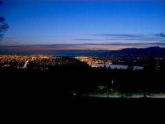 バーナービー公園から見るバンクーバー市の夜景