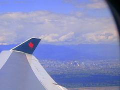 機内から見るバンクーバー市街